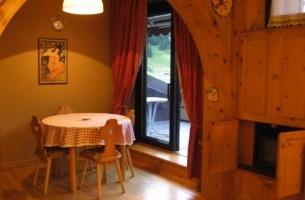 Livigno - apartmán BORCH - typ BILO - jídlení kout