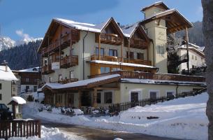 Hotel Almazzago - Val di Sole - Commezzadura - Daolasa