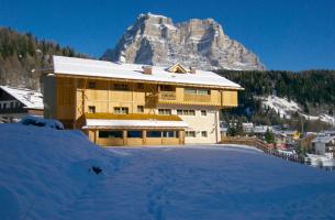 Residence Sas de Pelf - apartmány přímo na sjezdovce - lyžařský areál Civetta - Zoldo Alto