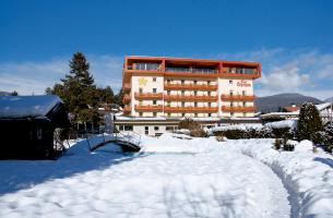 Hotel Olympia - Riscone - Kronplatz - ubytování s výhledem na Kronplatz
